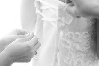 Ankleidung der Braut